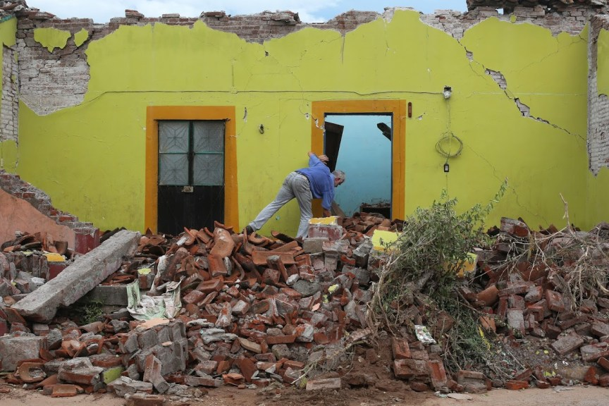 Organizations that assist earthquake victims